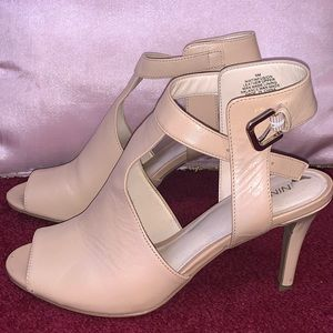 Pinkish heels
